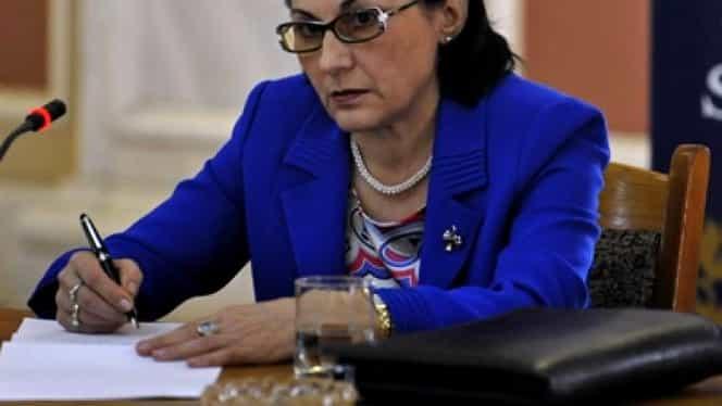 Ecaterina Andronescu, planuri mari cu Legea învăţământului! Ce se întâmplă cu BAC-ul şi Evaluarea Naţională