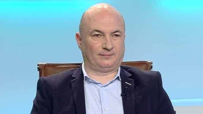 """Codrin Ștefănescu, serie de ironii în urma audierilor din Parlament! """"Sunt praf, se bâlbâie cu toţii. Numai Orban e fericit si râde continuu ca un tont"""""""