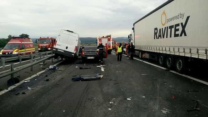 Tragedie rutieră cu șapte victime, pe Autostrada A1!