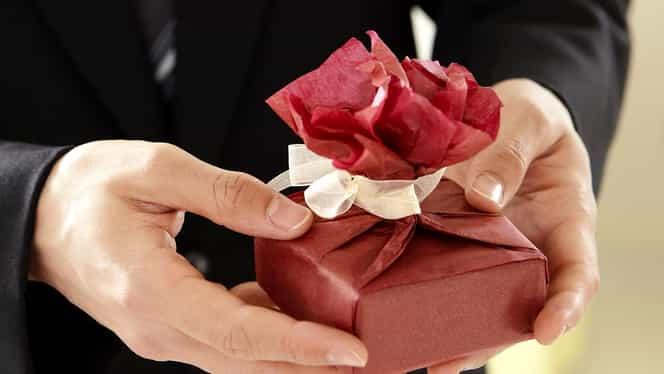 Cele mai frumoase cadouri de Valentine's Day 2020 pentru ea. Idei originale cu care îți vei surprinde total iubita