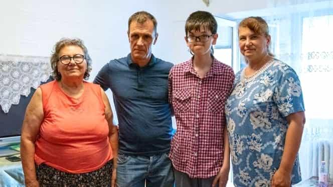 Povestea răvăşitoare a lui Raul Furdui, de la Visuri la Cheie! A trecut prin 27 de operaţii după ce s-a născut fără nas