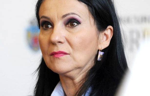 Scandalul cu apa potabilă din București ia proporții! Ministrul Sănătății, Sorina Pintea, a cerut anchetă la Apa Nova
