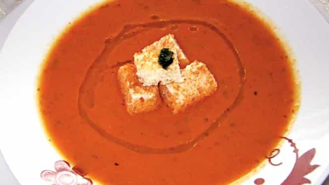 Rețeta zilei de 12 ianuarie. Supă cremă de linte delicioasă