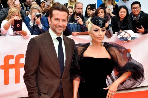VIDEO Lady Gaga și Bradley Cooper cântă melodia Shallow! Ce s-a întâmplat pe scena din Las Vegas