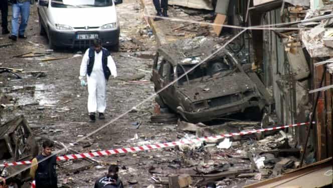 Dublu atentat sângeros soldat cu peste 100 de victime! Ambulanţele au ajuns la faţa locului!