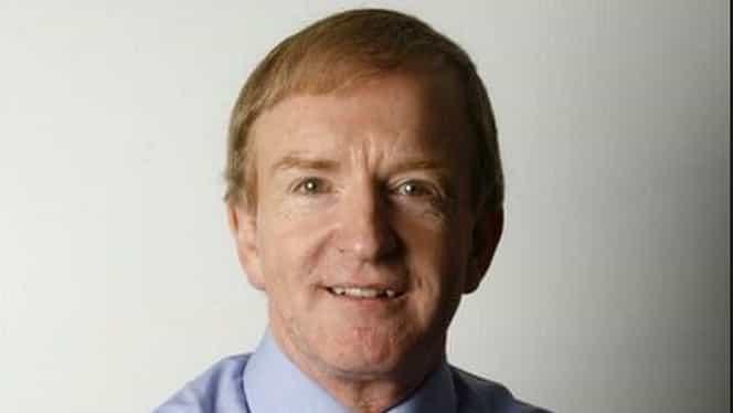 Doliu în lumea presei. Celebrul jurnalist BBC și scriitor Simon Warr a murit răpus de o boală cumplită