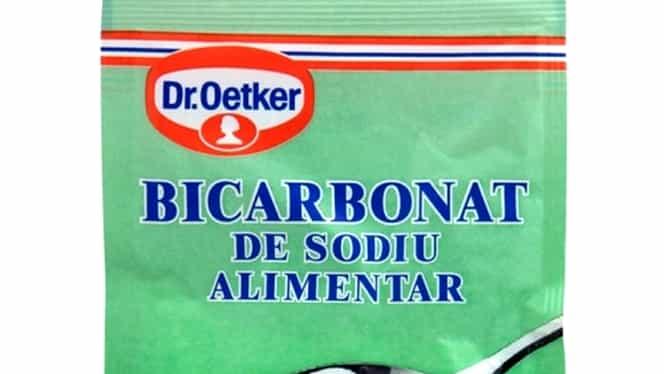 Care este diferenţa dintre bicarbonatul de sodiu şi praful de copt. Ambele se folosesc la prăjituri
