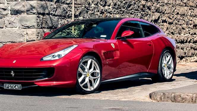 Cel mai scump produs de Black Friday – un Ferrari în valoare de 263.000 euro