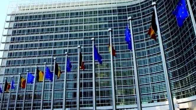 Comisia Europeană cere Parlamentului României să regândească Legile justiţiei
