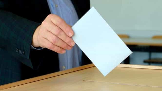 Organizarea referendumului, în pericol! Sute de președinți de secție se retrag! Cei mai mulți, din orașul lui Iohannis!