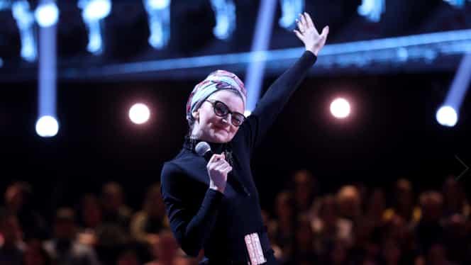 """Cine e Andra Botez, concurenta care i-a uluit pe cei 100 de la Cântă Acum cu Mine: """"Mămică, s-a terminat, ai declanșat o nebunie"""""""