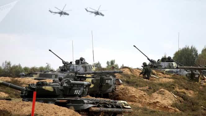 VIDEO! Exerciţiu militar cu victime, în Rusia! Un elicopter de luptă a lansat o rachetă în public