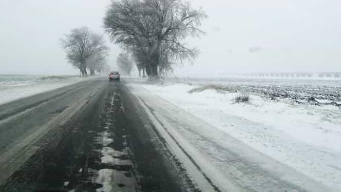 Ninge în România, trafic îngreunat pe drumuri importante! Vezi cum se circulă