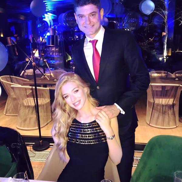 Cât de mult s-a schimbat iubita lui Cristian Boureanu, la 23 de ani! Imagini realizate acum câteva zile