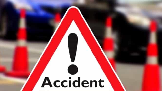 Accident în județul Argeș. Patru persoane au fost rănite după ce șoferul a adormit la volan