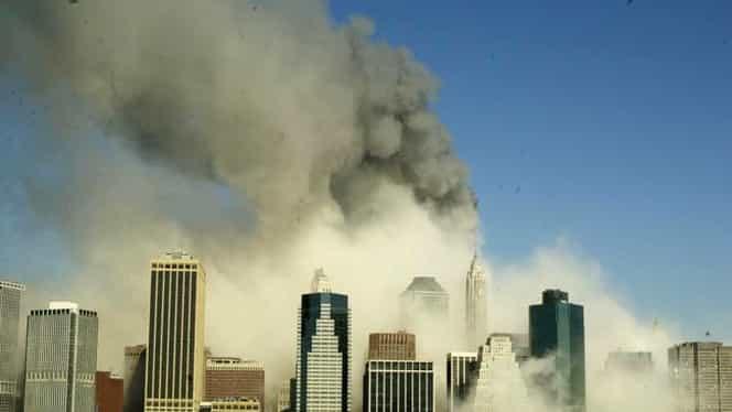 GALERIE FOTO CUTREMURĂTOARE / Cele mai puternice 30 de imagini de la atentatele TERORISTE din 11 septembrie 2001