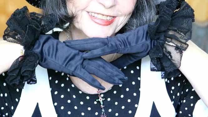 Cum arată Marina Voica, la vârsta de 82 de ani! Artista, fotografiată pe plajă