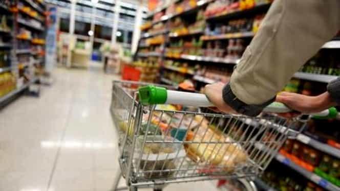 Alertă alimentară la Auchan, după ce a fost găsit din nou somon contaminat cu Listeria
