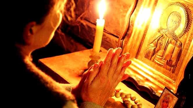 Rugăciunea zilei de 1 mai este închinată Maicii Domnului. Rostește-o pentru noroc și liniște sufletească