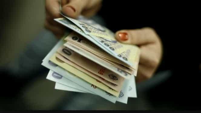 Salarii dublate pentru o parte dintre români! Care sunt beneficiarii acestor bani