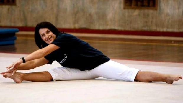 Nadia Comăneci, apariție de senzație la Săptămâna Modei de la New York. Fosta gimnastă a atras toate privirile cu ținuta sa FOTO