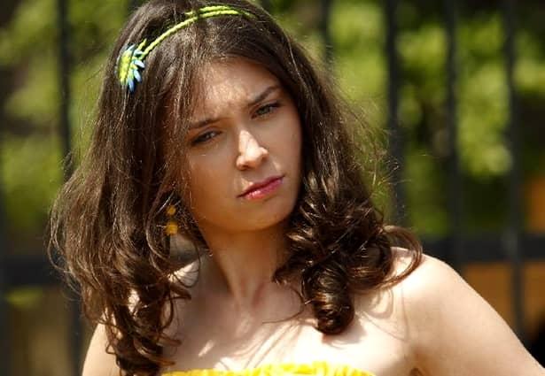 Cum arată interpreta Gianinei din serialul Las Fierbinți, Anca Dumitra?
