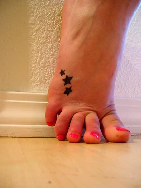 Cele mai drăguțe tatuaje pentru fete. Galerie FOTO