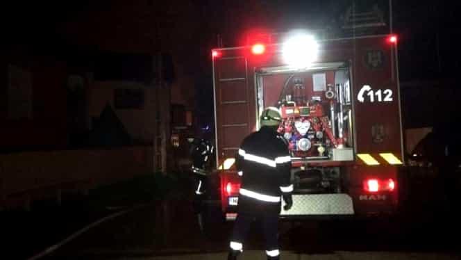 O sobă a explodat într-o casă din Filipeștii de Târg, Prahova. Patru adolescenți au suferit arsuri