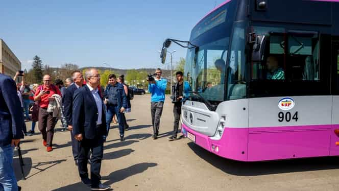 Cum arată autobuzele cu dotări de ultimă generaţie din Cluj Napoca!