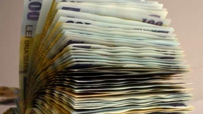 Care este cea mai mare PENSIE din sistemul bugetar! A încasat 33.235 lei în luna octombrie