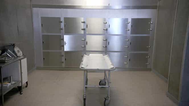 Plângerea anului la Huși: Un bărbat este acuzat că a furat mortul de la morgă