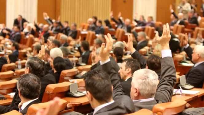 S-a votat majorarea alocațiilor! Senatul a aprobat creșterea acestora din luna imediat următoare adoptării bugetului
