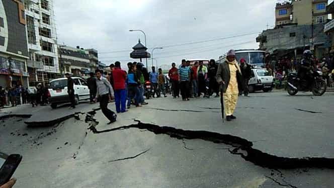 UPDATE / Cutremur în Nepal. BILANŢ OFICIAL: peste 1.800 de morţi şi 5.000 de dispăruţi