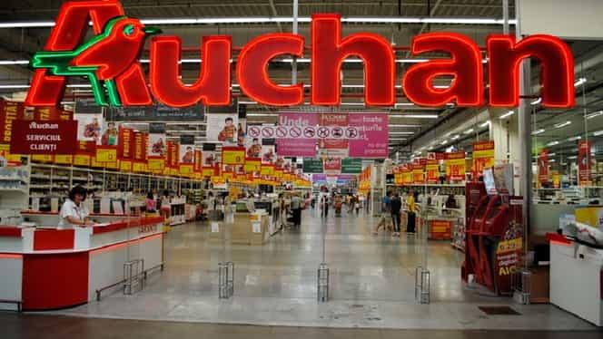 Auchan primeşte uleiul uzat! Puncte de colectare în toată ţara şi premii pentru cei care îl aduc