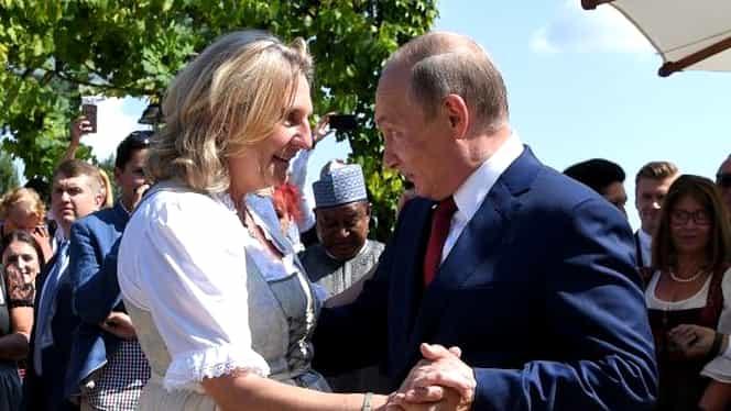 A pornit un adevărat scandal, după ce Putin a acceptat să danseze cu această doamnă. Cine este femeia din imagine