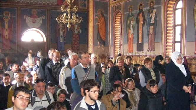 Noi detalii despre primul caz de coronavirus în România. Tânărul din Prigoria și tatăl său, preot, au fost la biserică de Sâmbăta Morților