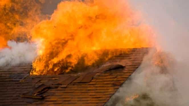 Tragedie în județul Neamț! Un copil de 12 ani a ars de viu. Hainele i s-au aprins de la focul din sobă