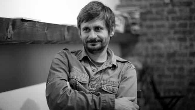 """VIDEO. Adrian Sitaru, regizorul filmului """"Ilegitim"""", lansat la Berlinală: """"Ce drept ai avea să decizi pentru alţii?"""""""
