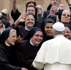 Papa Francisc surprinde din nou: Nu trebuie să fie neapărat virgine