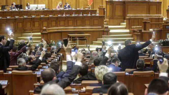 Ce conține moțiunea de cenzură pe care Opoziția a depus-o în Parlament
