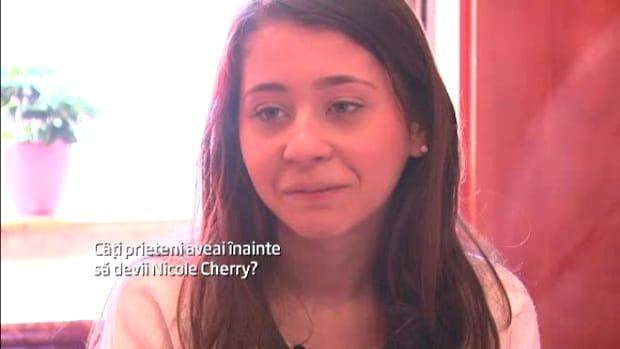 """Nicole Cherry a ajuns o adevărată femeie! Copila de acum 5 ani a rămas doar în… """"memories"""""""