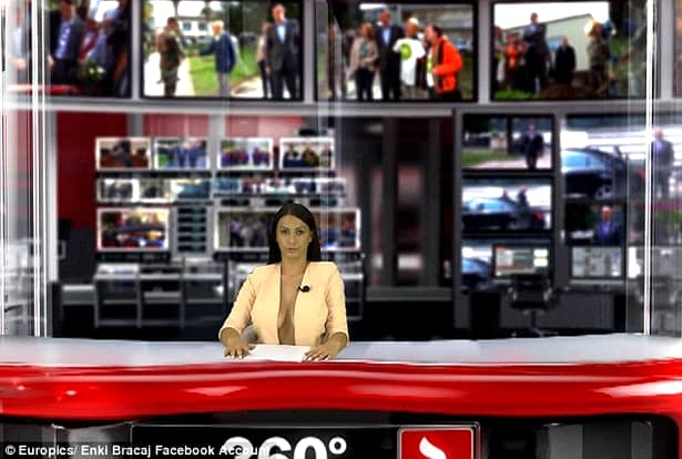 Noul star sexy al televiziunilor din Albania. Prezintă topless ştirile