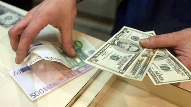 Leul, în scădere în raport cu euro şi dolarul. Vezi cotaţia BNR