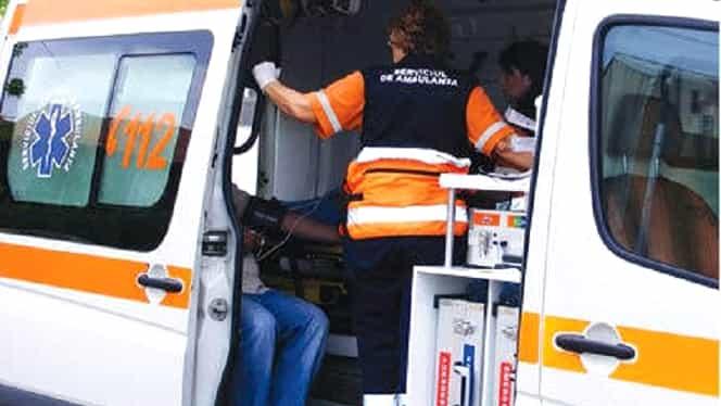 Accident grav în Suceava. Un om a murit, alte două persoane au fost rănite