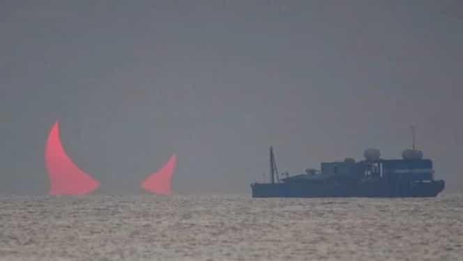 """Fenomen bizar în Golful Persic, în timpul unei eclipse. Pe cer au apărut """"coarne de diavol"""""""