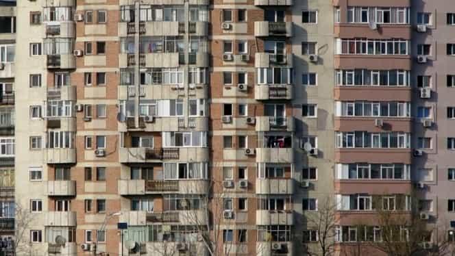 Avertismentul ANRE pentru toți românii care stau la bloc! Ce îi obligă să aibă în apartamente