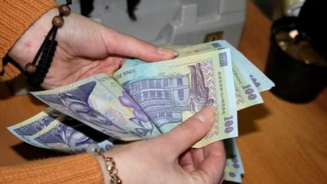 Românii, somați să-și plătească datoriile din ultimii cinci ani!