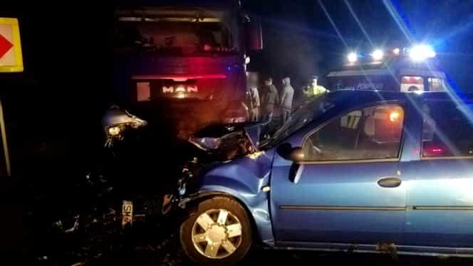 Accident înfiorător în județul Cluj! Mașina unei femei însărcinată s-a izbit de un autotren