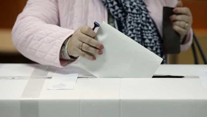 Prezența la vot la ora 11.00. 11,08% dintre românii cu drept de vot și-au exprimat deja opțiunea