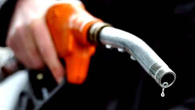 Scumpire șoc la benzină! Cât a ajuns să coste azi 1 litru de carburant